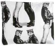 Finlayson Tom of Finland Face to Face-satiinityynyliina, 55 x 65 cm